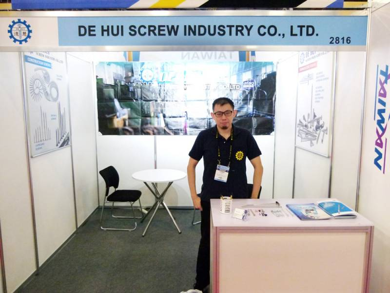 International-Fastener-Expo-De_Hui.jpg