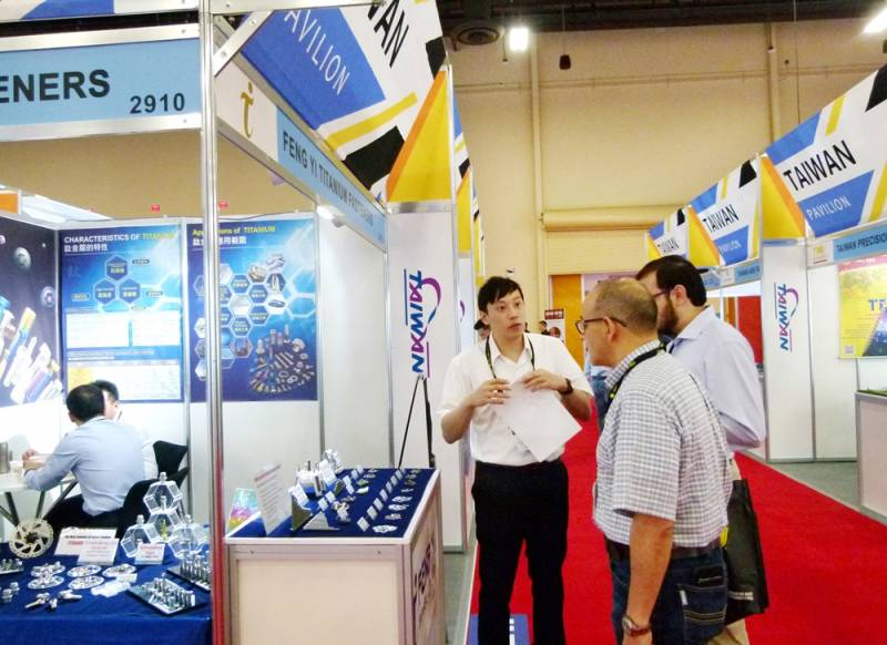 International-Fastener-Expo-Feng_Yi.jpg