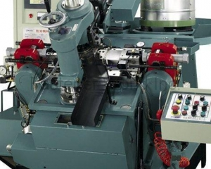 Self-Drilling Screw Forming Machine KU-130(KEIUI INTERNATIONAL CO., LTD.)